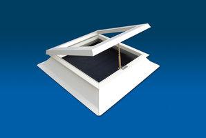 Lichtkoepel met ventilatie 180x180cm PVC opstand